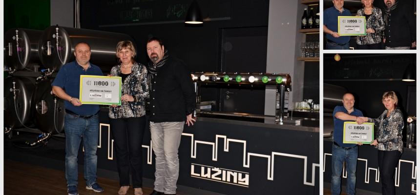 Vánoce zkraje léta? Pivovar Lužiny daroval výtěžek ze svátečního speciálu